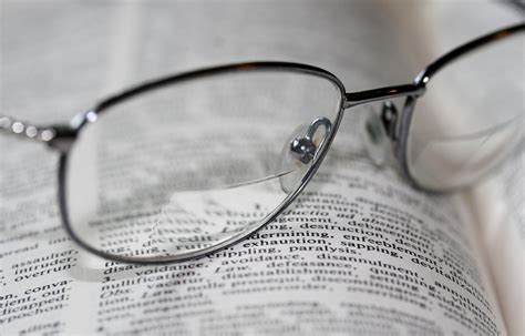 6 tips on getting used to your bifocals beaumont vision