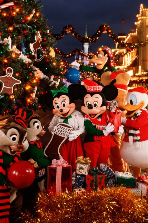 disney impressions plus it mickey s very merry