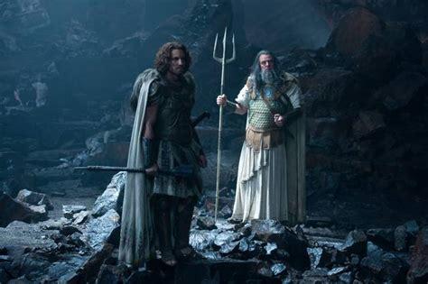 uscirà il film di god of war la furia dei titani ecco la prima clip dal kolossal
