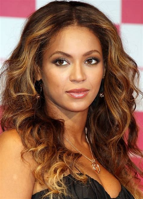 curly hair parted in the middle beyonce long hairstyles radiant center parted wavy