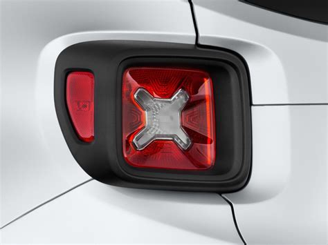 jeep renegade aftermarket tail lights image 2016 jeep renegade fwd 4 door latitude tail light