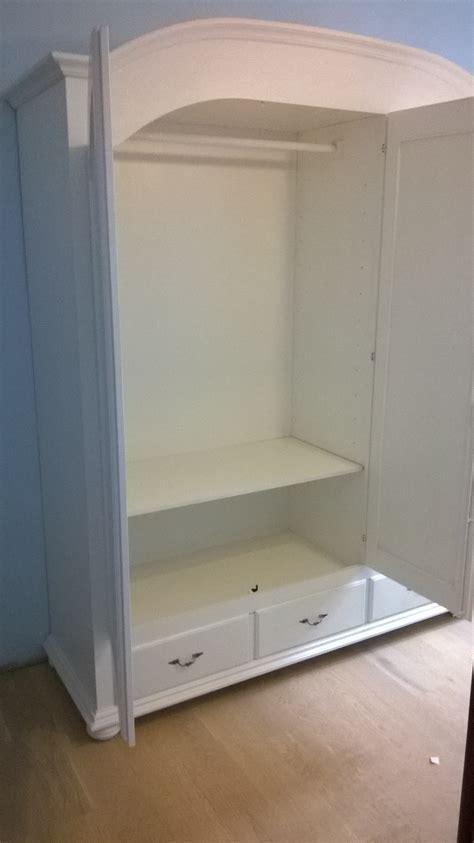 armadio tre ante armadio a tre ante in legno stile provenzale armadi a