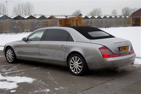 maybach landaulet 62s reviews maybach 62s landaulet afbeeldingen autoblog nl