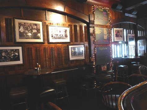 Swingin Door taverns swingin door a downtown classic 187 milwaukee