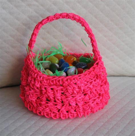 free knitted easter basket patterns crochet easter basket by phyllisofmcg crocheting pattern