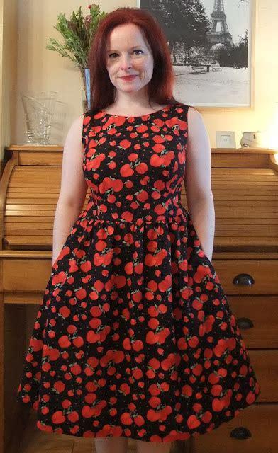 pattern review new look 6723 ozzy blackbeard new look 6723 snow white dress