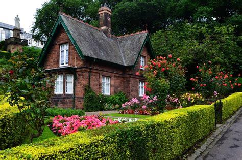 edinburgh scotland cottage in the park cute houses