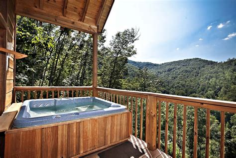Cabin Rentals Tn by 6 Secluded Luxury Cabins In Gatlinburg Tn For Your
