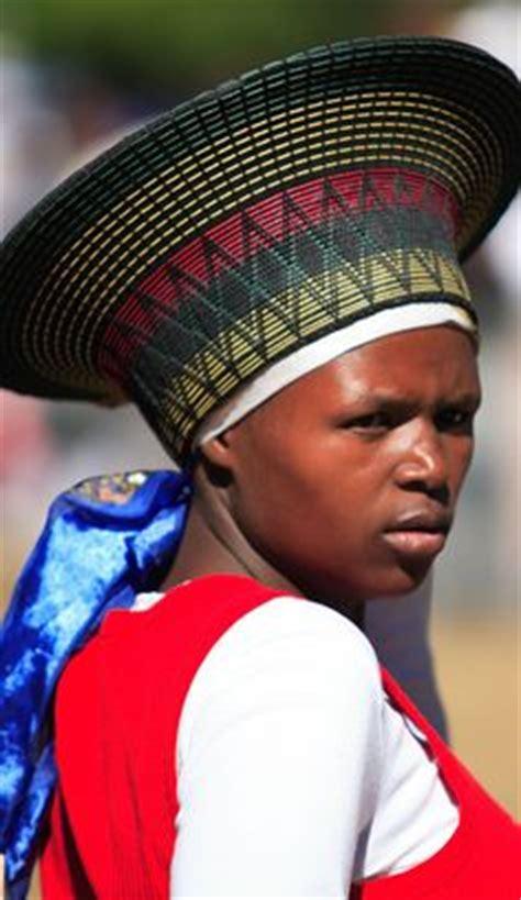 african zulu headdress 1000 images about headdress south africa on pinterest