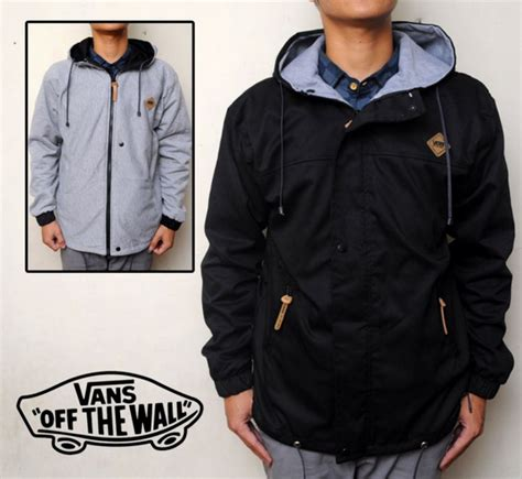 Harga Sweater Merk Vans distro ready stock jaket bolak balik all merk