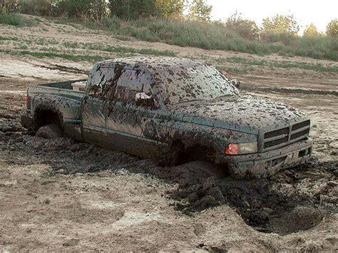 jeep stuck in mud meme 21 truck mishaps