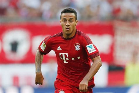 with his contract at bayern munich due to expire in 2011 ribery why thiago extended his bayern munich contract and whether