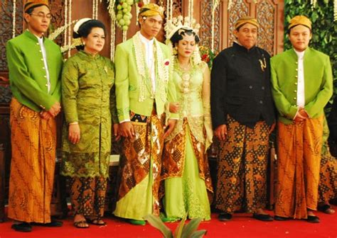 Wedding List Indonesia by Prepare Wedding Dresses Everything You Needed To