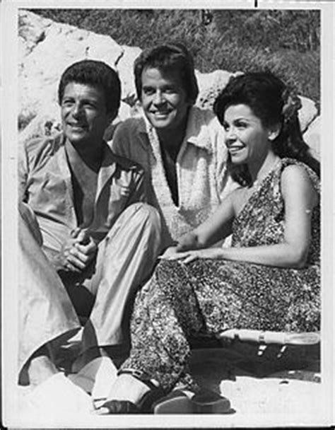 Frankie Avalon FAQs 2019- Facts, Rumors and the latest Gossip.