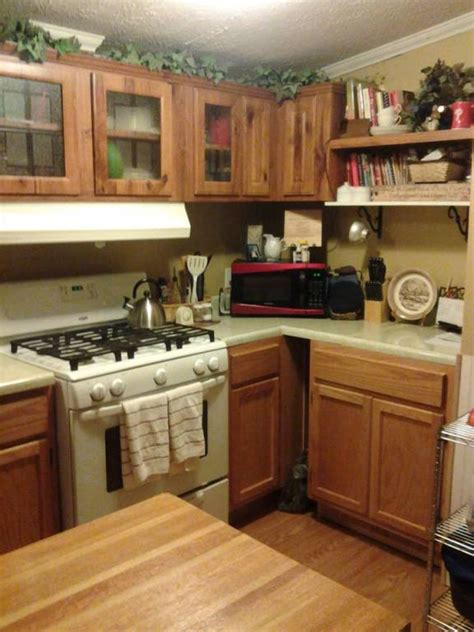 where to buy mobile home kitchen cabinets 6 great mobile home kitchen makeovers