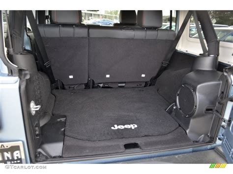 Jeep Wrangler Unlimited Trunk 2012 Jeep Wrangler Unlimited Arctic Edition 4x4
