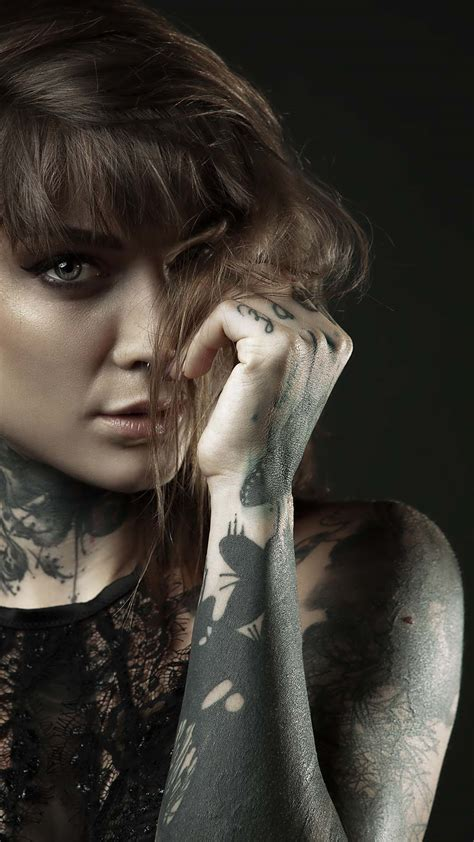 iphone 4s tattoo girl wallpaper 30 cool hd wallpapers for iphone 7 plus creativecrunk