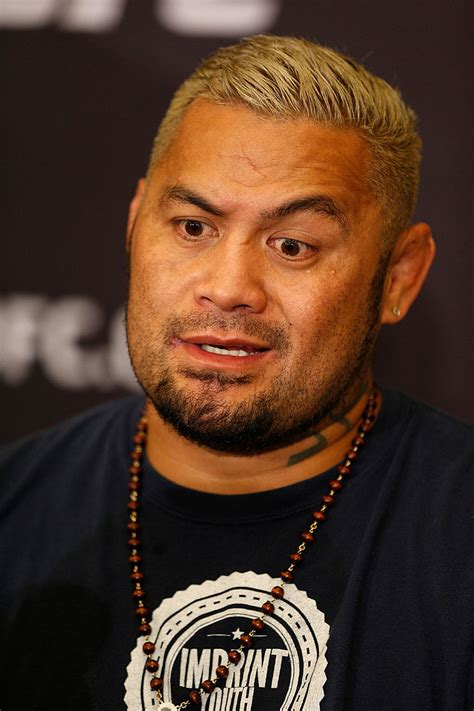 mark hunt by the numbers ufc 174 news