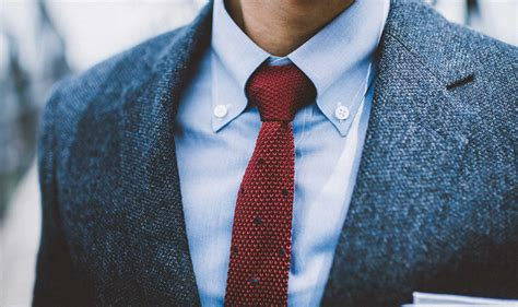 Button Collar Shirt everything you need to about the button collar
