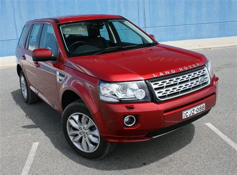 land rover freelander off 2013 land rover freelander 2 si4 se review on and off road