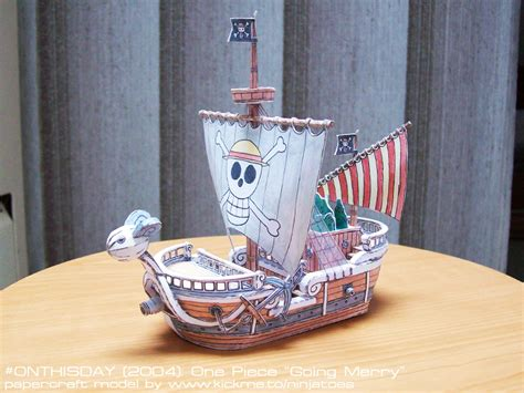 Papercraft Going Merry - 2004 one going merry papercraft model by