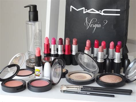 Giveaways Makeup - free mac makeup giveaway by swooosh