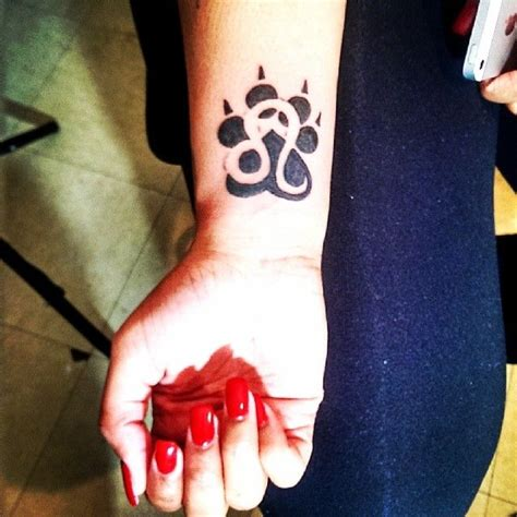 girly lion tattoos best 25 leo zodiac tattoos ideas on zodiac