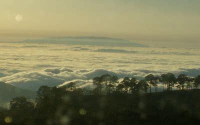 imagenes extrañas deep web mar de nubes con la gomera al fondo