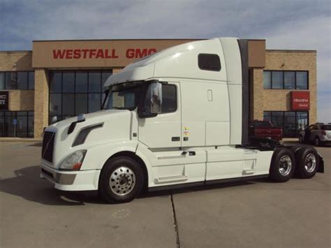 truck volvo 2014 2014 volvo vnl670 for sale 12 used cars from 50 950