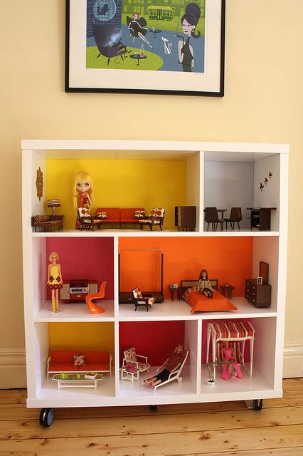 cool diy dollhouses   simple bookcases shelterness