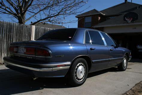 1996 Buick Lesabre Specs Thesabre96 1996 Buick Lesabrecustom Sedan 4d Specs Photos