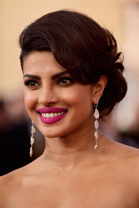 hair and makeup guild awards priyanka chopra s hair and makeup at the 2016 sag awards
