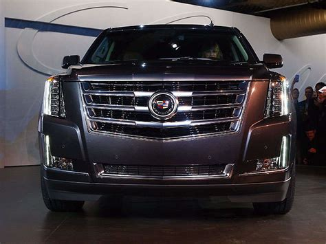 cadillac jeep 2015 meet the 2015 cadillac escalade autobytel com
