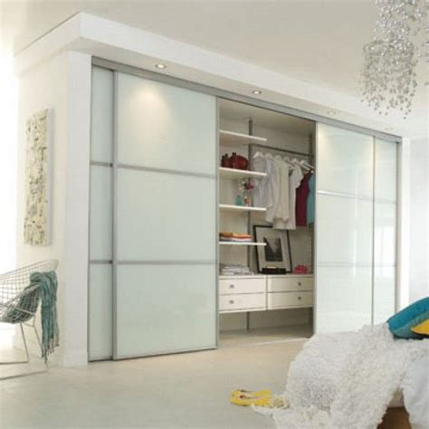 Ikea Bifold Closet Doors Create A New Look For Your Room With These Closet Door Ideas Closet Doors Doors And Sliding