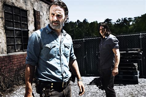 Today S Take Giveaway - the walking dead giveaway today s news our take tv guide