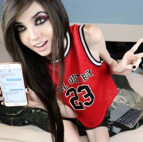 Hair Rug Eugenia Cooney Blogger Accused Of Promoting Anorexia