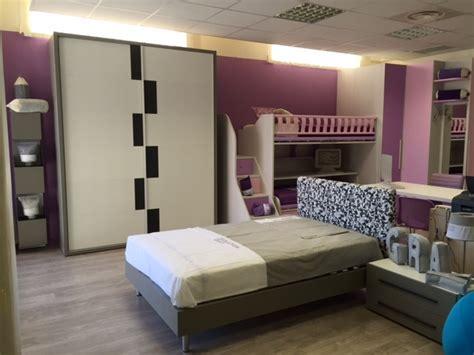 camerette con letto ad una piazza e mezza cameretta compact per ragazzi con letto ad una