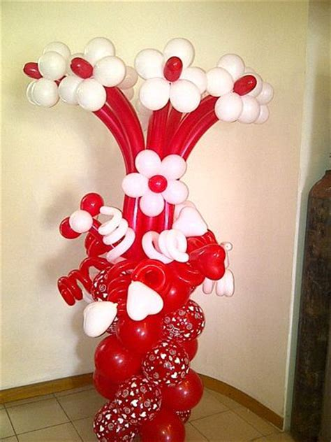valentines day balloon bouquets valentines day bouquet balloon pillar bodacious balloons