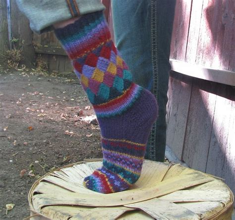 Pattern For Entrelac Socks | diy rainbow color patch entrelac knitting socks with patterns