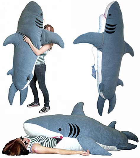 shark pillow sleeping bag 22 weird and creative sleeping bags designbump