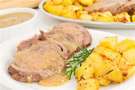 come cucinare un arrosto di vitello ricetta arrosto di vitello al forno con patate