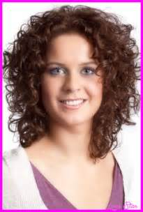 hairstyle thin frizzy dead ends medium length help and easy medium length haircuts for curly hair and round face