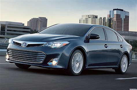 Toyota Avalon Mpg 7 Hybrid Vehicles That Get 40 Mpg Or Better Without A