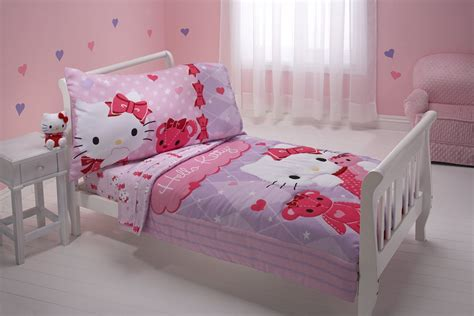 Bedrooms With White Comforters - lovely hello kitty bedding sets home designing