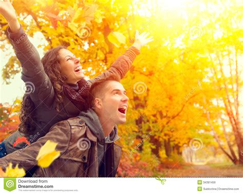 Free For Couples Happy In Autumn Park Royalty Free Stock Images