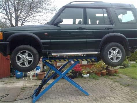mobile car lift best 25 mobile car lift ideas on best 4x4