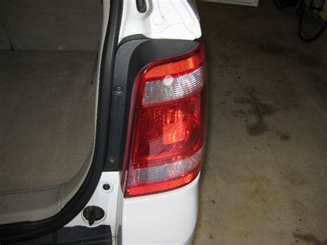2010 ford fusion tail light lens replace tail light ford escape