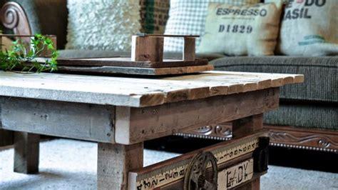 Costruire Un Tavolo Coi Bancali by 10 Cose Che Puoi Fare Coi Pallet Di Riciclo Low Budget