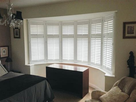 how do layout blinds work bay window shutters in essex indigo shutters