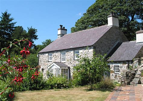Hoiday Cottages by Anglesey Coast Self Catering Cottage Apartment Coed Y